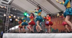 東大の五月祭での凱旋ライブの写真。桜雪はセンターを務める。