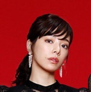 弁護士事務所の同僚 日比野透子役は 桜井ユキ
